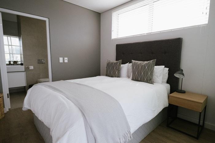Obliečky na postel s gombíkmi